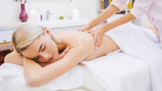 Купон на массаж! 10 сеансов антицеллюлитного или медового подтягивающего массажа в «Студии массажа» на «Шоссе Энтузиастов»