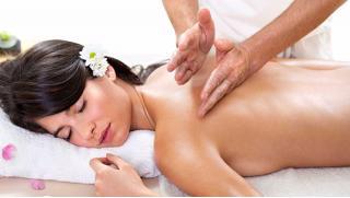 Купон на массаж! До 7 сеансов массажа в массажном кабинете «Все свои»! Скидка по купону до 72%!