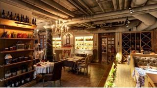 Грузинская кухня в столице! Скидка 50% на все меню и напитки в ресторане грузинской кухни Largo! Сациви, хинкали и не только!