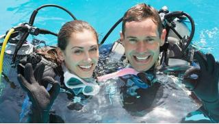 В глубину! Базовый курс дайвинга для одного или двоих от дайвинг-клуба «Альтернатива»! Сдаем экзамен на открытой воде!