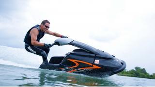 Прокат мощных гидроциклов Yamaha, Kawasaki, BRP, флайбордов, катеров без капитана и с капитаном со скидкой 50%!