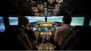 Вау! Полет на авиасимуляторе с инструктором по программе «Остаться в живых» или «Академия настоящих мужчин» от Redbird
