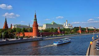 Свидание на воде! Прогулка «Романтика речной Москвы» с ужином на теплоходе «Фалькон» для двоих или четверых! Скидка 52%!