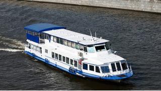 Августина! Прогулка по Москва-реке на теплоходе «Алексия» для одного или компании до 20 человек от судоходной компании!