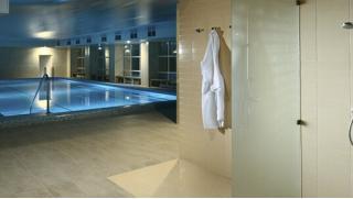 Отдых за городом! Проживание для двоих в отеле «Империал»: питание, бассейн, тренажерный зал, хаммам, сауна и многое другое!